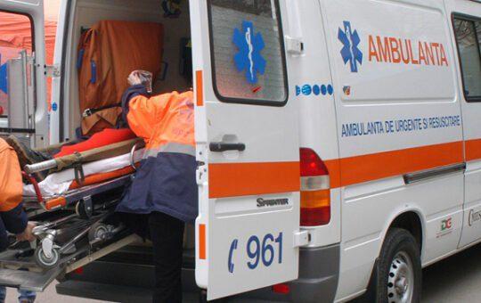 Tragedie într-o familie din județul Olt! O fetiță de doar 5 ani a murit după ce s-a lovit la joacă