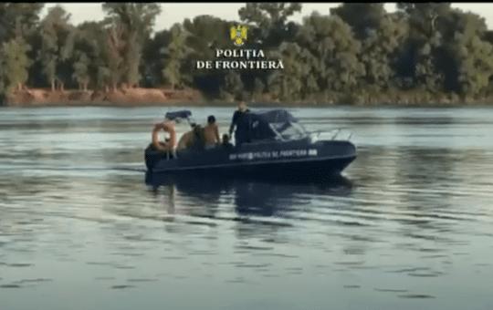VIDEO: Migranți salvați din apele Dunării
