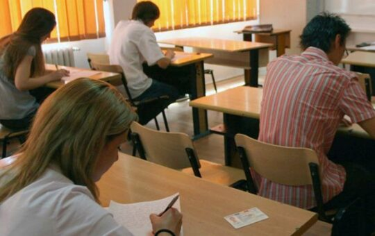 Două treimi dintre profesorii gorjeni au promovat Definitivatul