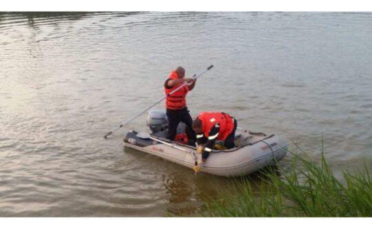 Tânărul dispărut în apele Jiului, în apropierea localității Podari, a fost găsit