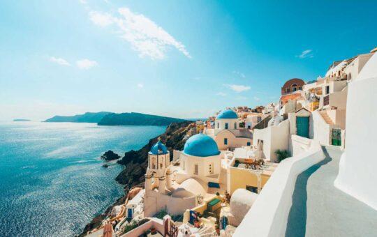 Grecia a intrat în zona galbenă. Ce înseamnă asta pentru românii care vor sa mearga în concediu